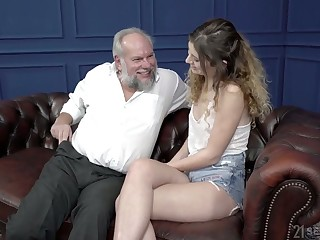 Curly fresh gal Candice Demelzza rides strong cock be beneficial to old fat clothes-horse