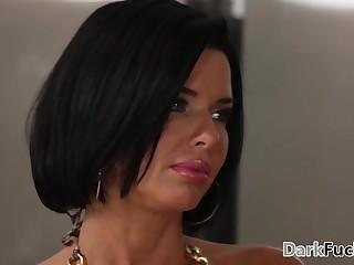 Mom got assfucked by her baleful stepson - Veronica Avluv