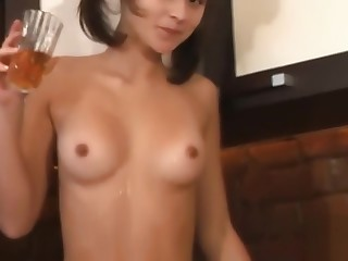 Sexy 18 yo girl playing with herself and creaming her body