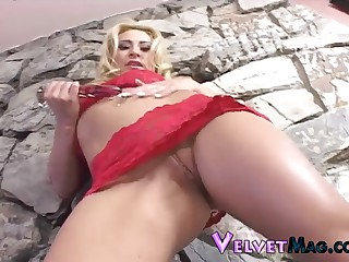 Rebecca oiled anal pounded hardcore while she scream