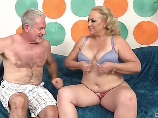 Chunky mature blonde MILF Stunning Summer gets cum on her huge tits