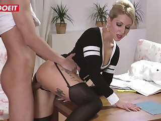Inked blond step mommy is getting her step son's oustandingly run into bottomless gulf in her muff