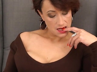Elegant mature mom approximately hairy old cunt