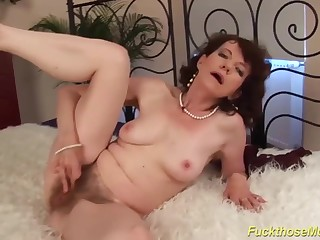 69 years old soft mommy rough made love