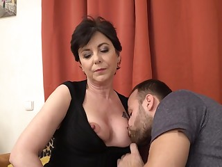 Mature Raunchy Mom Gysela Making out Scene - HQ