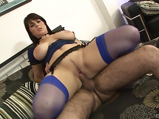 Big irritant mom rides hard and swallows the jizz