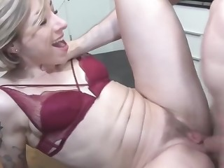 mother gets rough anal sex from stepson