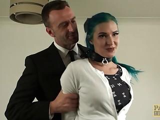 Naughty model Alexxa Vice enjoys having double penetration threesome
