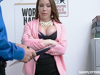 Milf kleptomaniac Bianca Burke gets fucked and jizzed by rivet guy
