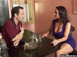 Tavern video of mature pornstar Persia Monir pleasuring a large dick