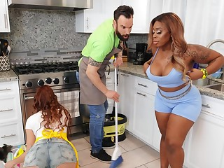 Fat ebony girl Ms London enjoys having sexual connection in the matter of a white stud