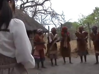 Japanese Girl in tune with to Africa for vacation